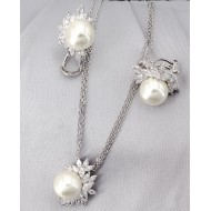 Gift set: Maperla Pearl w/ Swarovski Cubic Zirconia Necklace & Earring Set